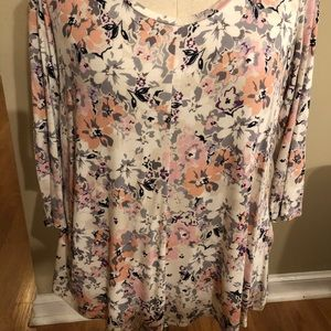 Rose and Olive tunic size L